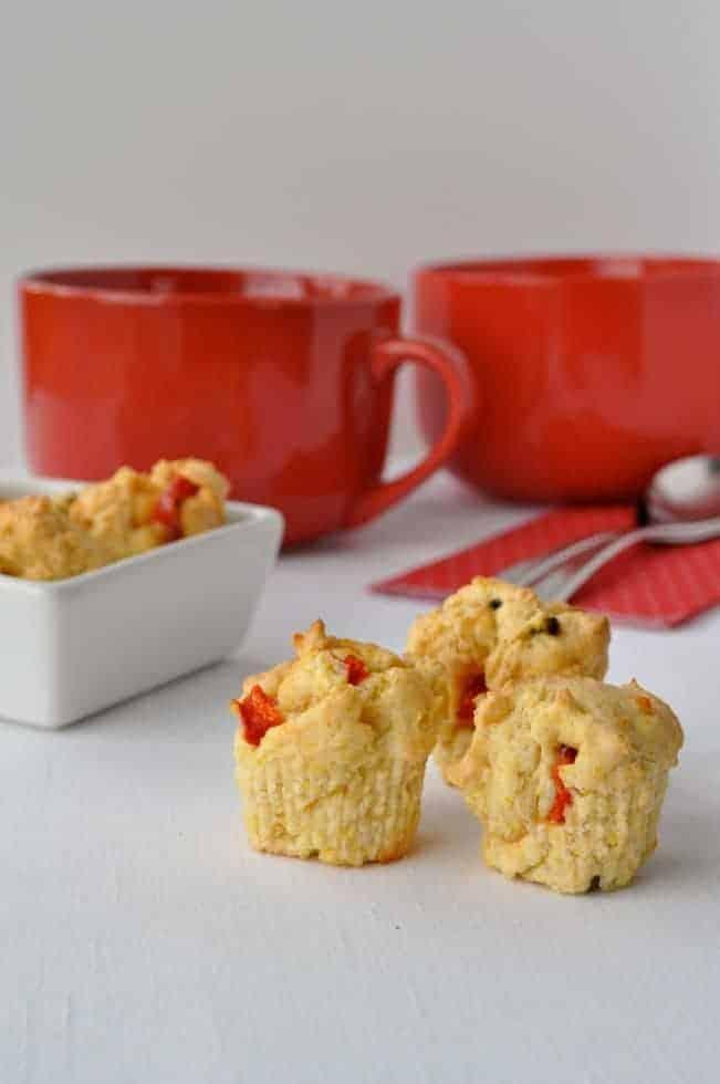 Mini Cheesy Cornbread Bites |www.flavourandsavour.com