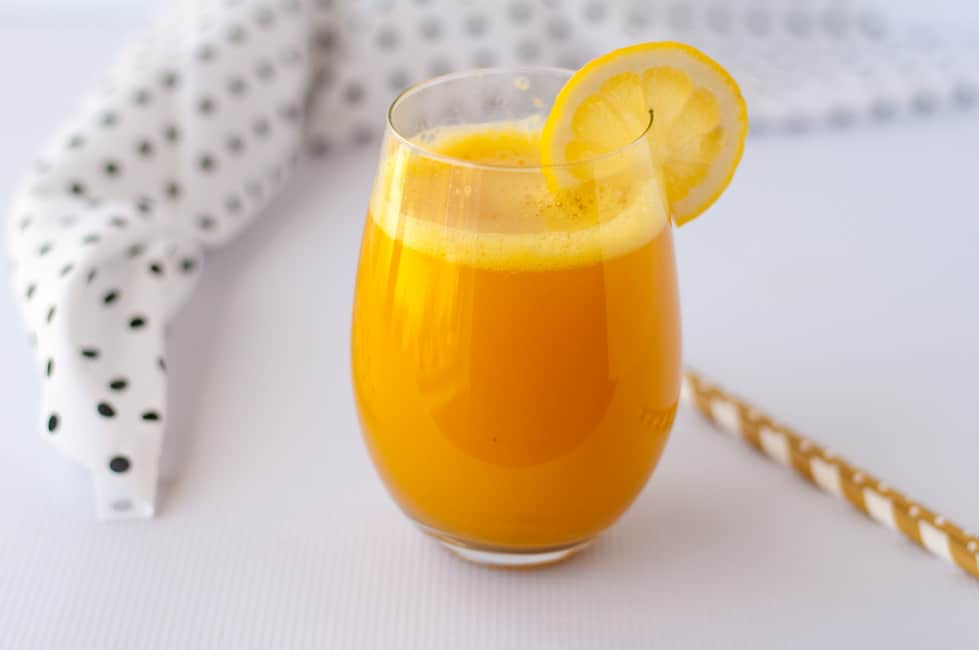This Turmeric Pick-Me-Up is a healthy drink made with coconut water, honey, ginger, and lemon. This turmeric tonic will give you a boost of energy. |www.flavourandsavour.com