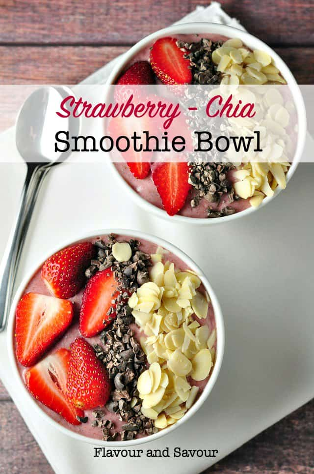 Paleo Detox Strawberry-Chia Smoothie Bowl. A healthy way to start your day. Banana, strawberries, chia seeds and milk of your choice. Add fresh fruit and nuts for extra crunch. It's Paleo too! #antioxidants #strawberry #chia #smoothiebowl #protein #dairyfree #paleo