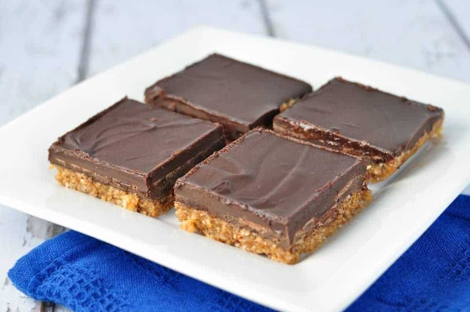 Chocolate Almond Butter Bars. Paleo.These no-bake bars are grain-free and dairy-free. Made with almond butter and maple syrup, they're vegan, too. |www.flavourandsavour.com