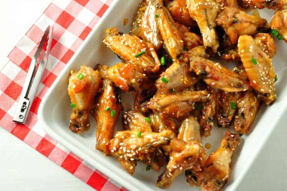 Easy Honey Lime Garlic Wings. Sticky, sweet and tangy!  www.flavourandsavour.com