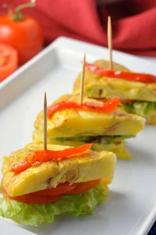 Tortilla Espanola, Spanish omelet tapa |www.flavourandsavour.com