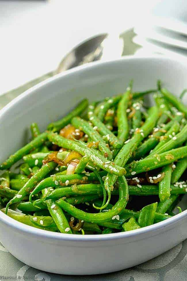 Sesame Ginger Green Beans in an oval serving dish.
