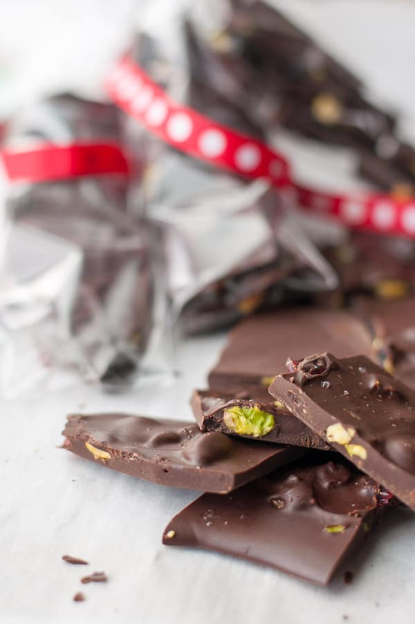 Cranberry Pistachio Chocolate Bark. Easy 3-ingredient recipe that takes only minutes to make. Post includes more homemade gifts from the kitchen.