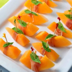 Prosciuitto with Melon and Mint in Tuscany |www.flavourandsavour.com