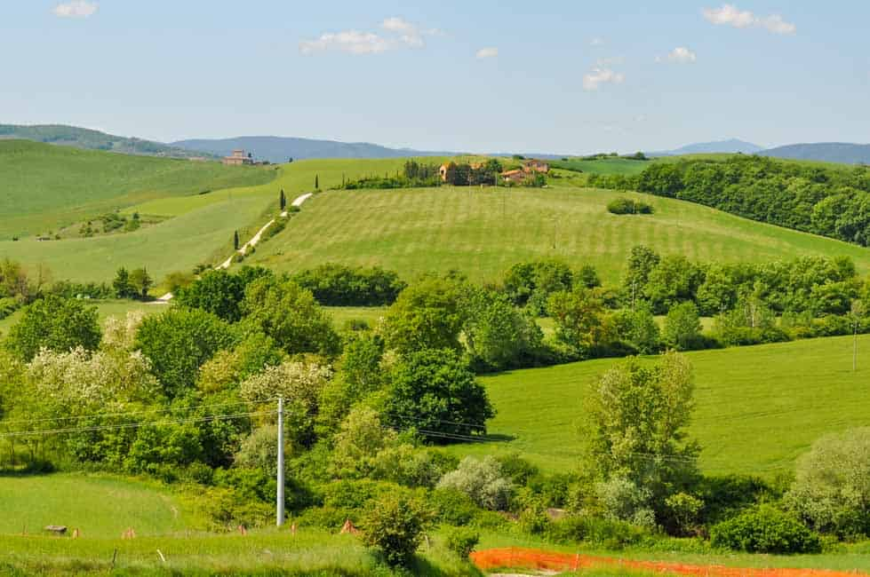 Tips for Driving in Italy. Tuscany hillside view