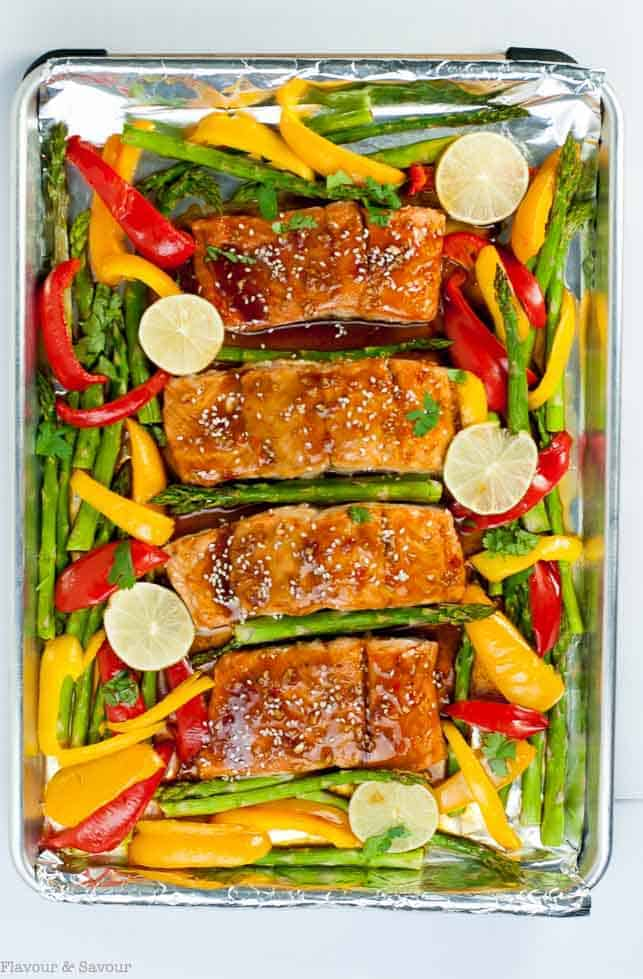 What's not to love? This Thai Chili Sheet Pan Salmon needs minimal preparation, easy clean-up, and a healthy, flavourful supper all baked on one pan in less than 20 minutes. |www.flavourandsavour.com