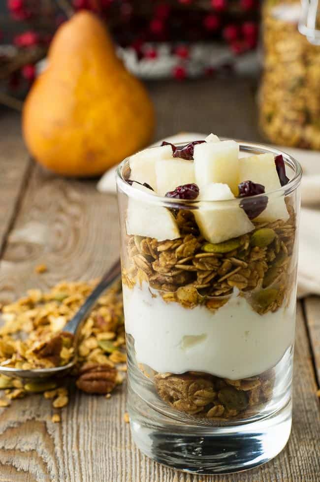 Gingerbread Spiced Granola parfait