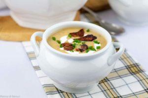 Instant Pot Potato Leek Soup with Bacon #instantpot #potato #leek #bacon