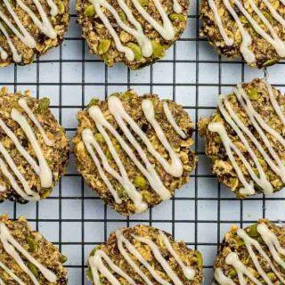 Vegan and Paleo Apple Cinnamon Oatmeal Breakfast Cookies