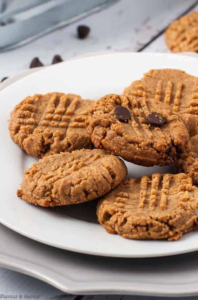 4-Ingredient Peanut Butter Cookies on a plate