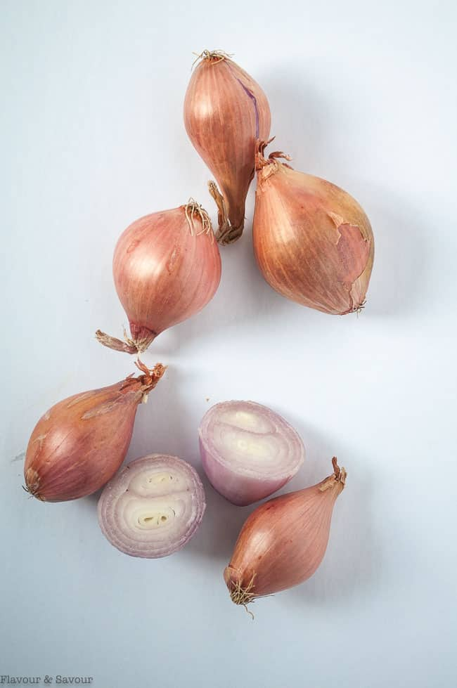 Shallots for pickling with apple cider vinegar