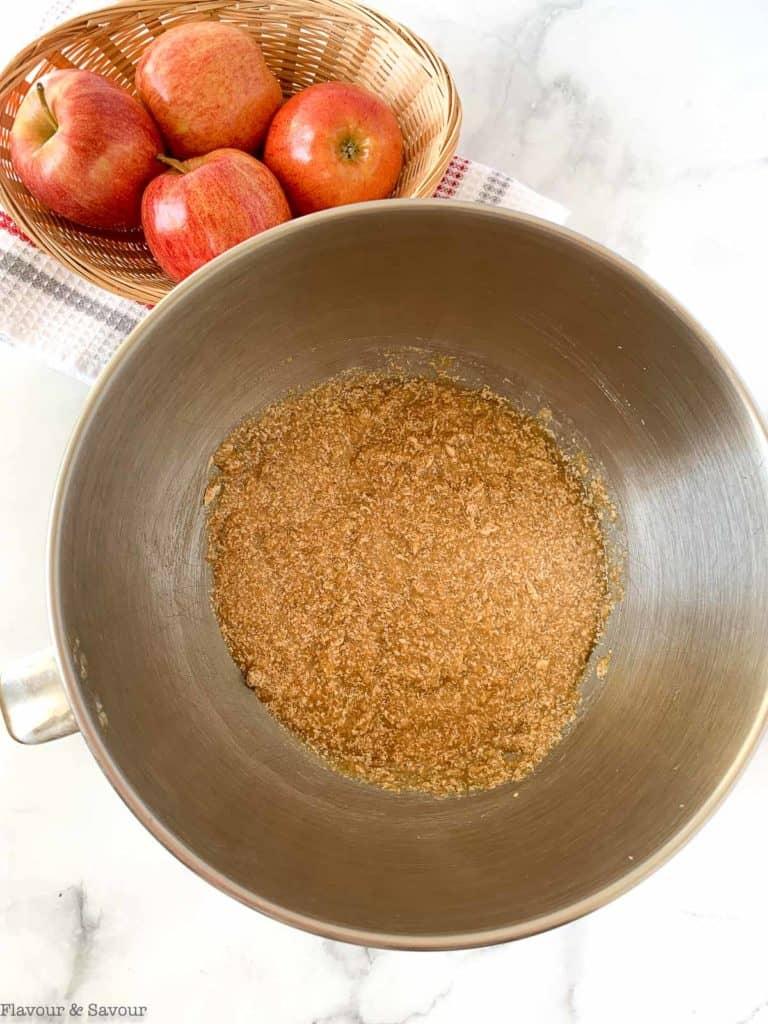 Wet ingredients for gluten-free spiced applesauce cake