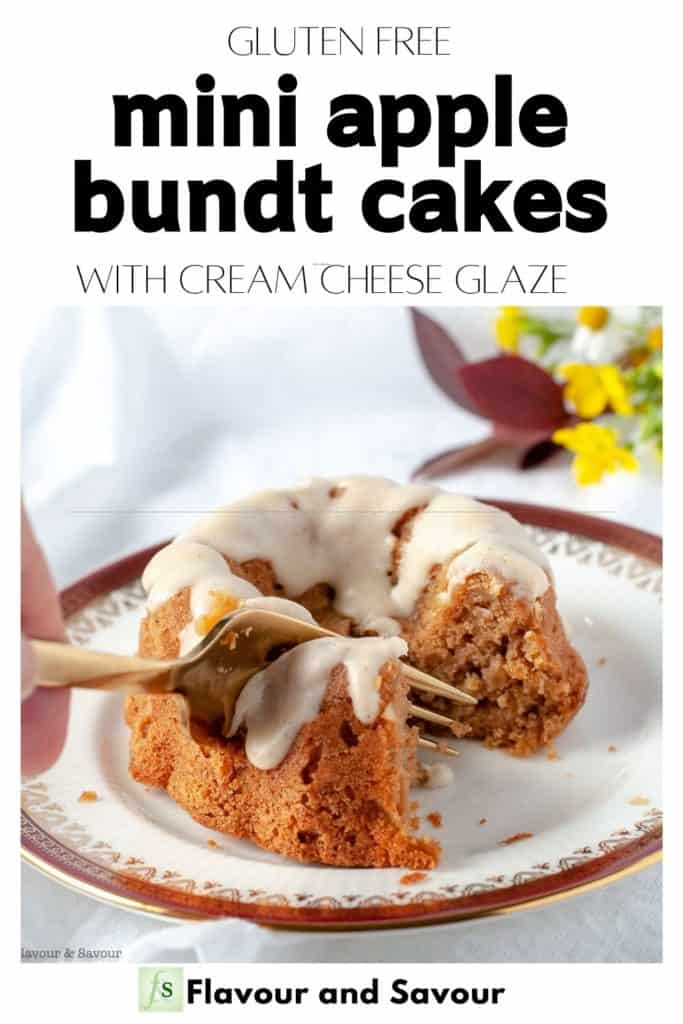 Text and Image for Mini Apple Bundt Cakes