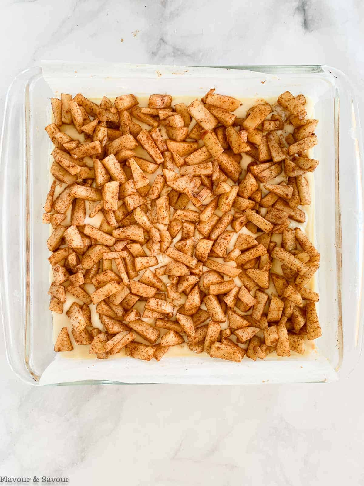 apple layer for apple cheesecake crumble bars