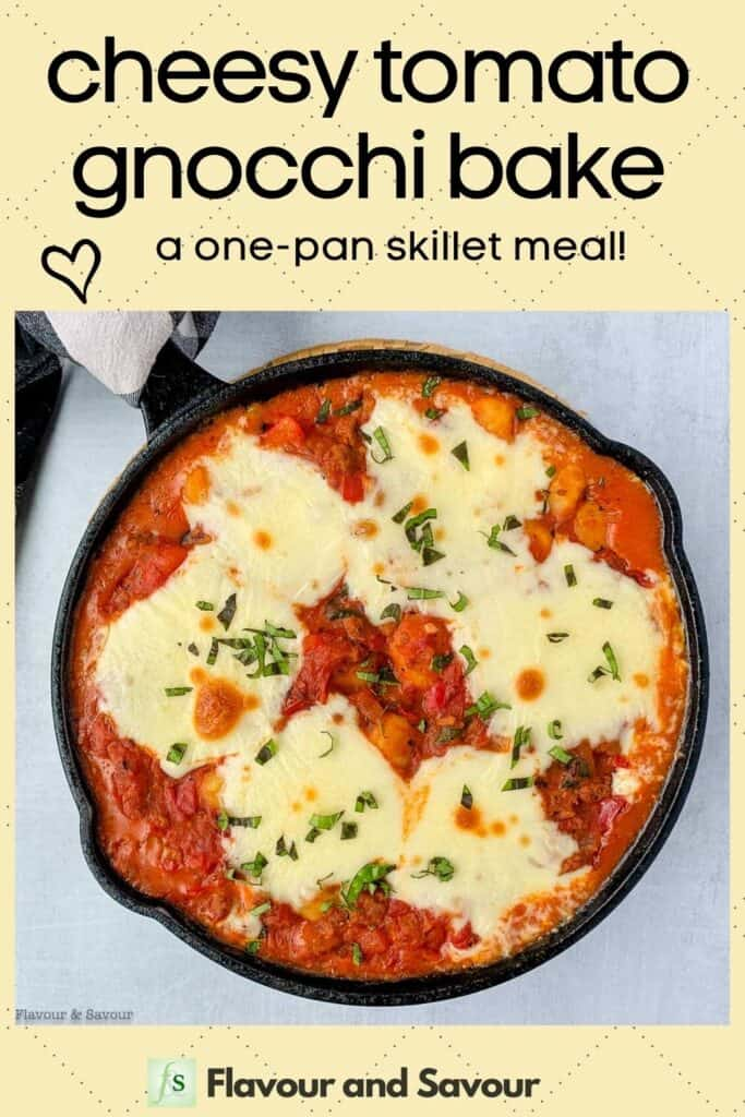 Image with text for cheesy tomato baked gnocchi recipe